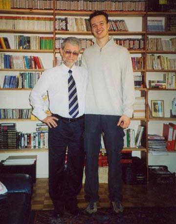 Мой друг Марко Горини из Болоньи. Гордится тем, что в Италии переведено более 80% книг Сан-Антонио. Крупнейший сайт www.commissariosanantonio.it